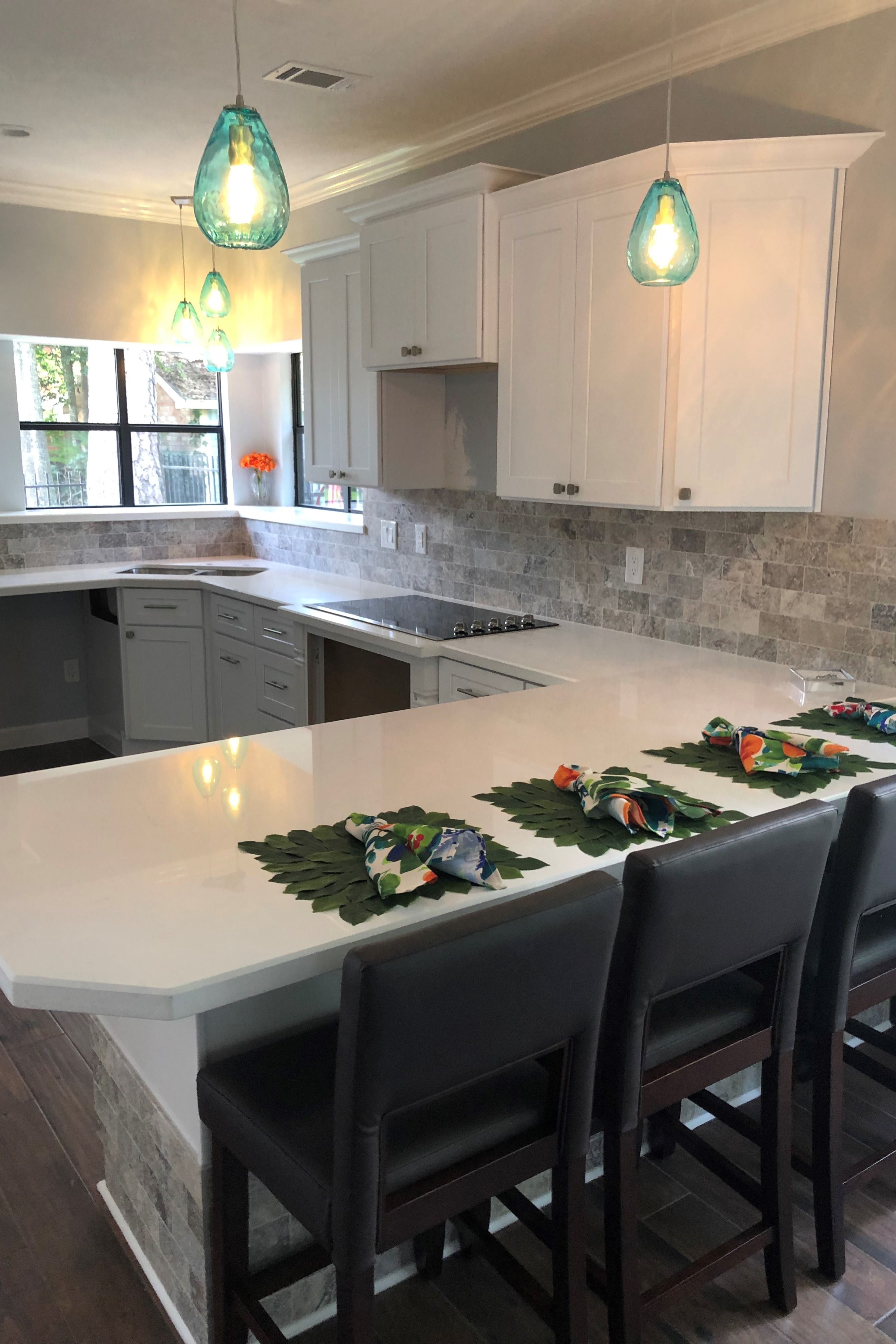 TX Collection TX Shaker White Kitchen and