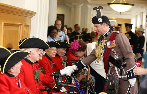 Prince Edward Photos Photos - Prince Edward, The Earl of Wessex reviews the Chelsea pensioners at the annual Founder's Day Parade at Royal Hospital Chelsea on June 8, 2017 in London, England. - Founder's Day at the Royal Hospital Chelsea