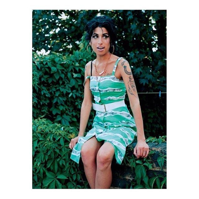 Enjoy The Pictures And Download The Music Iomoio Download All Your Favorite Music At Http Www Iomoio Co Uk Bonus Php Winehouse Amy Amy Winehouse