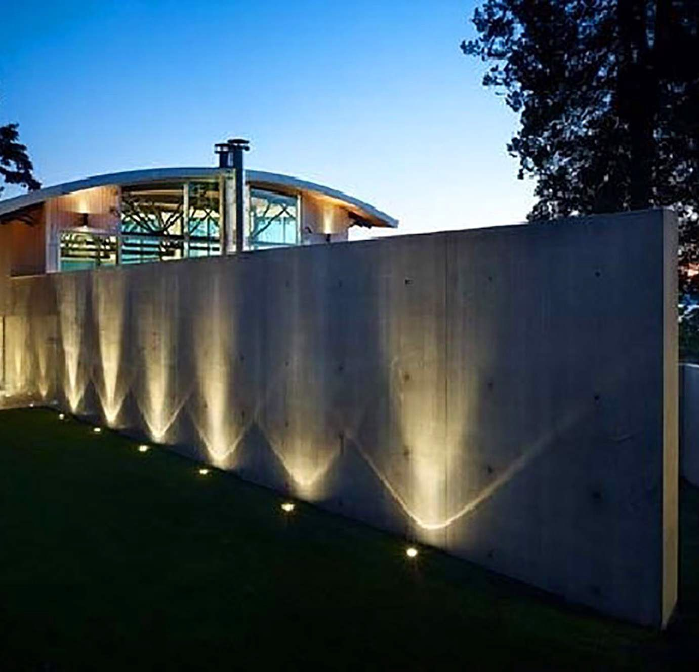 Pin De Luisana Gonzalez En Ideas For The House Luces Para Jardin Exterior Iluminacion De Patio Pisos Para Patios Exteriores