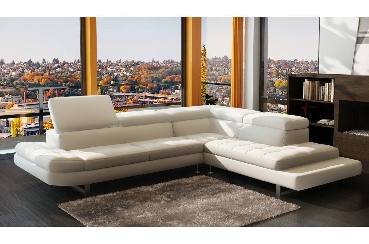 Canape D Angle Design Italien Canape D Angle Champagne En Cuir Haut De Gamme Italien In 2020 Leather Corner Sofa Sofa Bed Furniture Italian Leather Sectional Sofa