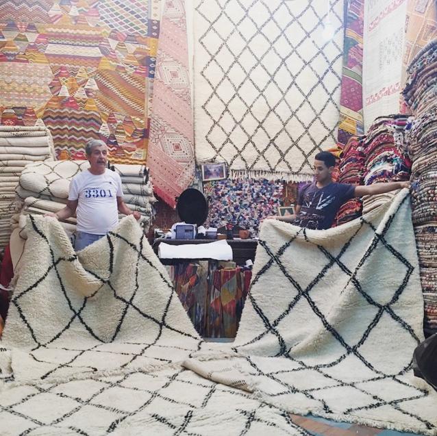 beni ourain teppiche in marrakesch kaufen meine erfahrungen journelles marrakesch und teppiche. Black Bedroom Furniture Sets. Home Design Ideas