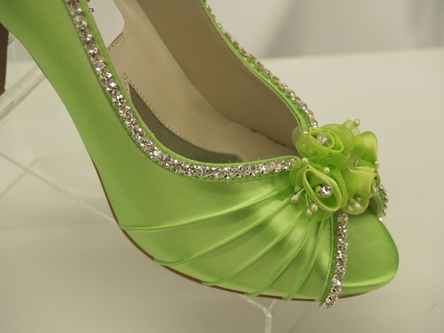 Neon Green Wedding Shoes Crystals And Flowers P Toe Pump Rhinestones Embellished Rouged Hand Dyed Satin