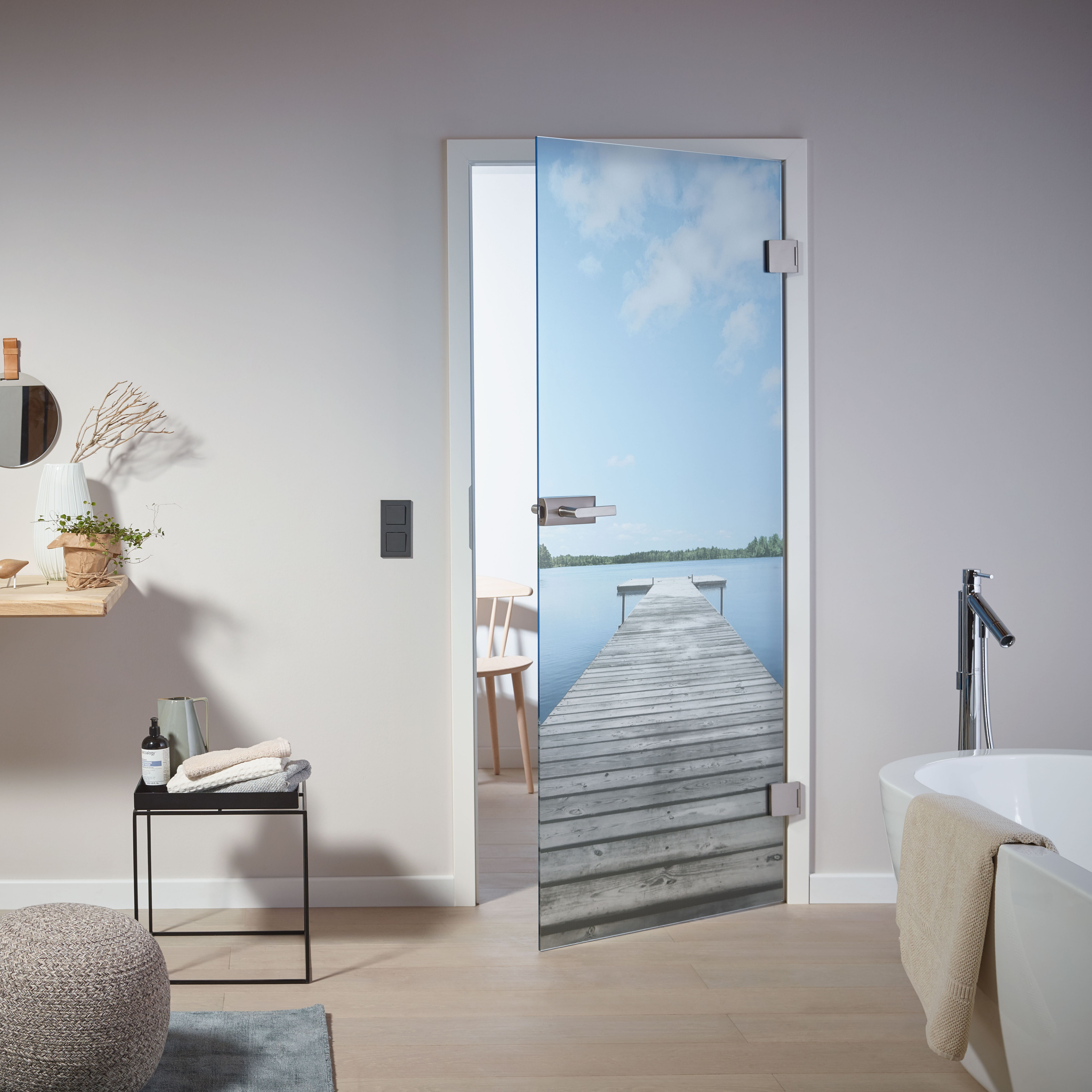Glasturen Mit Individuellen Motiven Im Badezimmer Glastur Zuhause Badgestaltung