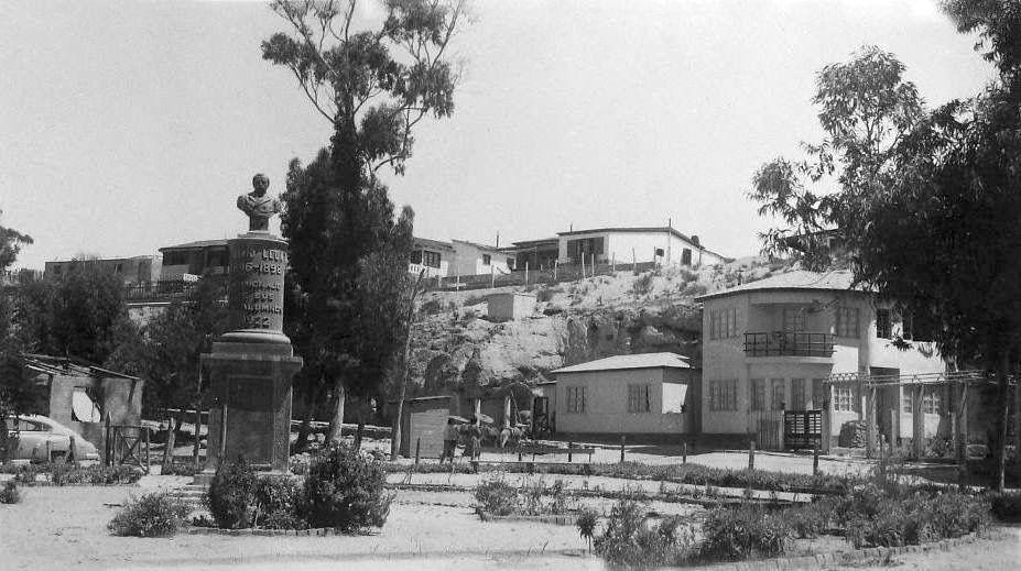 Chile La Serena Vista De La Plaza Del Balneario De Tongoy Año 1955 Ubicado En La Iv Región A 60 Km Al Sur De Las Ciu Fotografía Antigua Ciudades Balneario