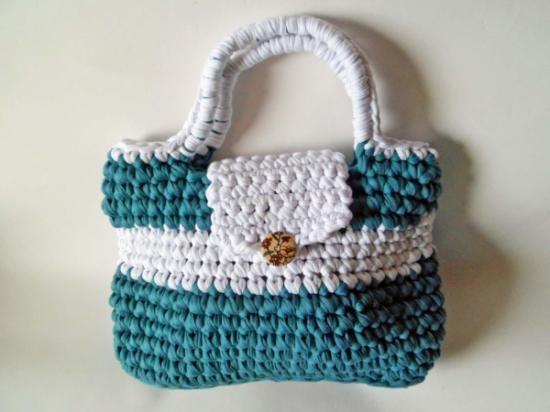 Bolso de trapillo verde sandalias en macrame pinterest for Bolso crochet trapillo