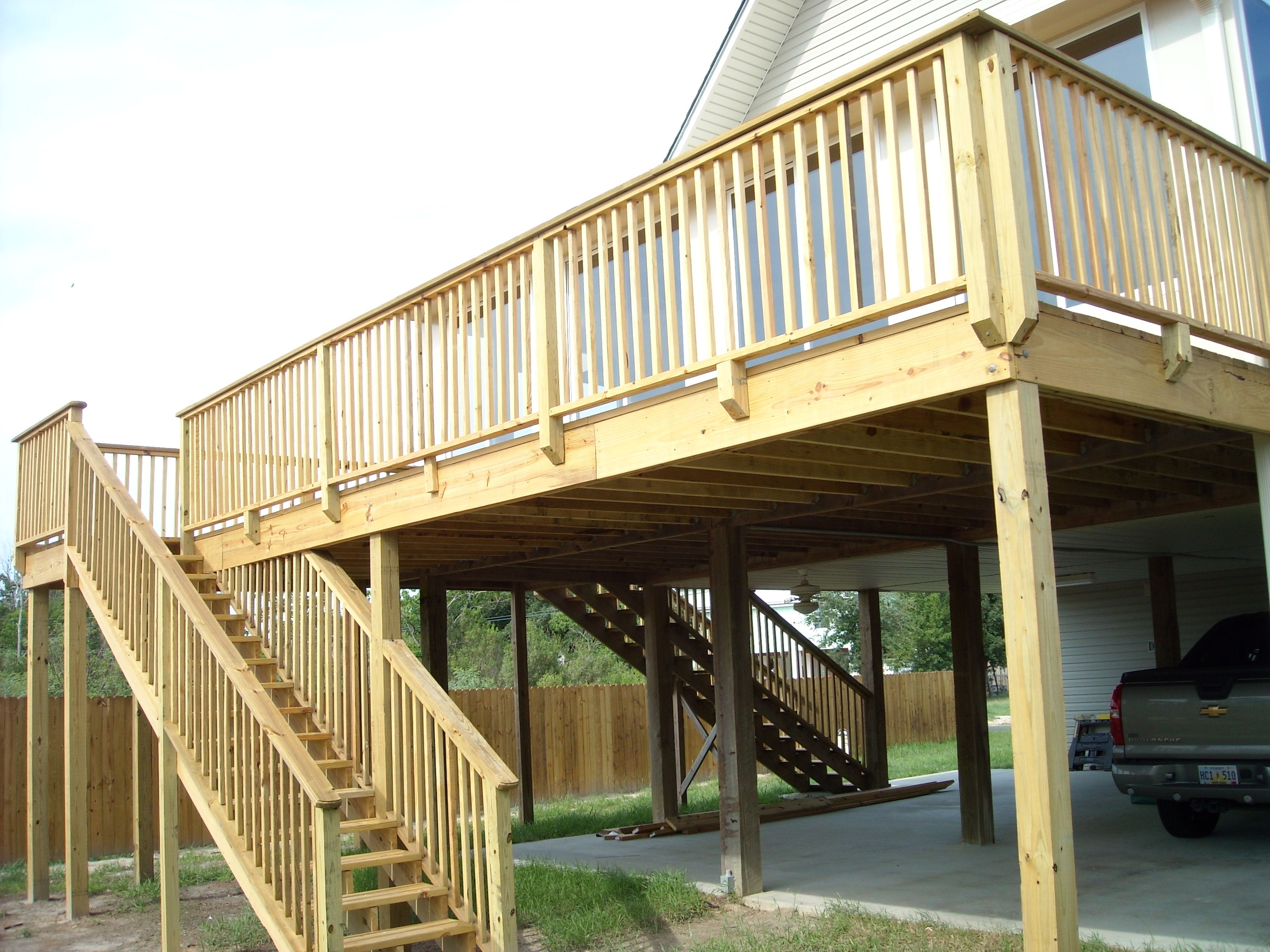 Image Of: Elevated Deck Plans And Ideas