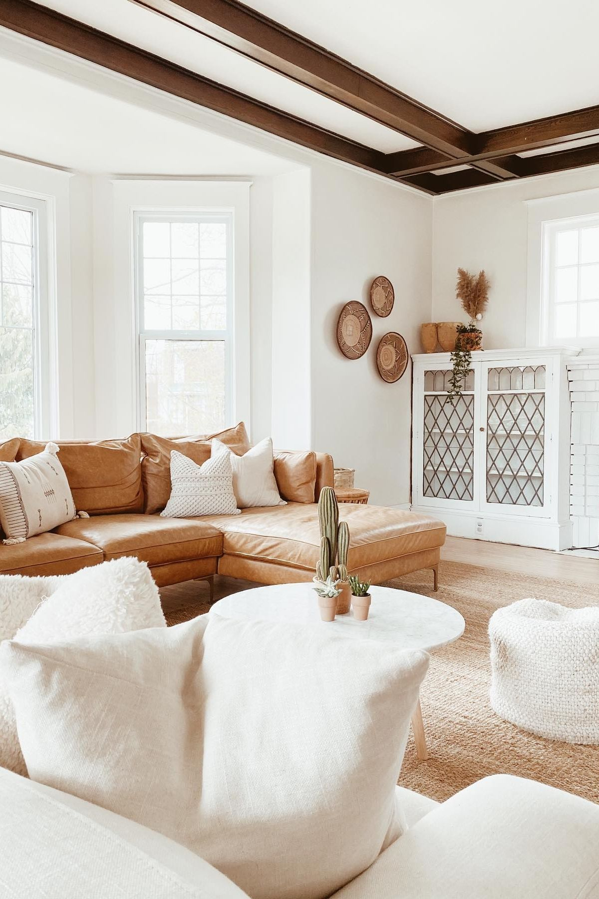 Affordable Home Accessories For Modern Rustic Home Decor Modern Rustic Living Room Modern Rustic Homes House Interior