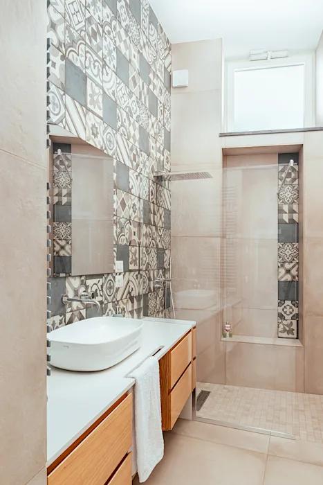 Bagno Con Doccia Manuarino Architettura Design Comunicazione Bagno In Stile Mediterraneo Cemento Grigio Homify Bagno Con Doccia Appartamento Contemporaneo Appartamento