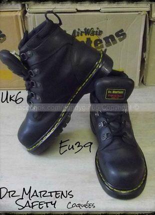 fcb4b1cae87 Dr Martens safety produit original cuir souple noir 5 trous coquée UK6 Eu39  mixte   homme ou femme ☠ Dr. Martens Collection Personnelle ☠ Pas à vendre  ...