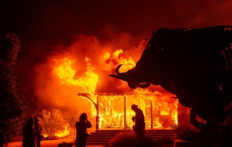 Powerful Winds Fan Flames As Historic California Blaze Spreads California Wildfires California Sonoma County