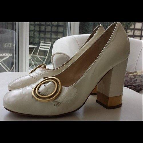 4e357305ea304 1960s style Chloe shoes #vintage #chloe #designer #1960s #60s ...