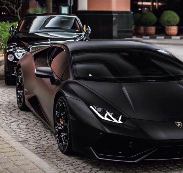 Black Panther: Bentley And Lamborghini Source : FB