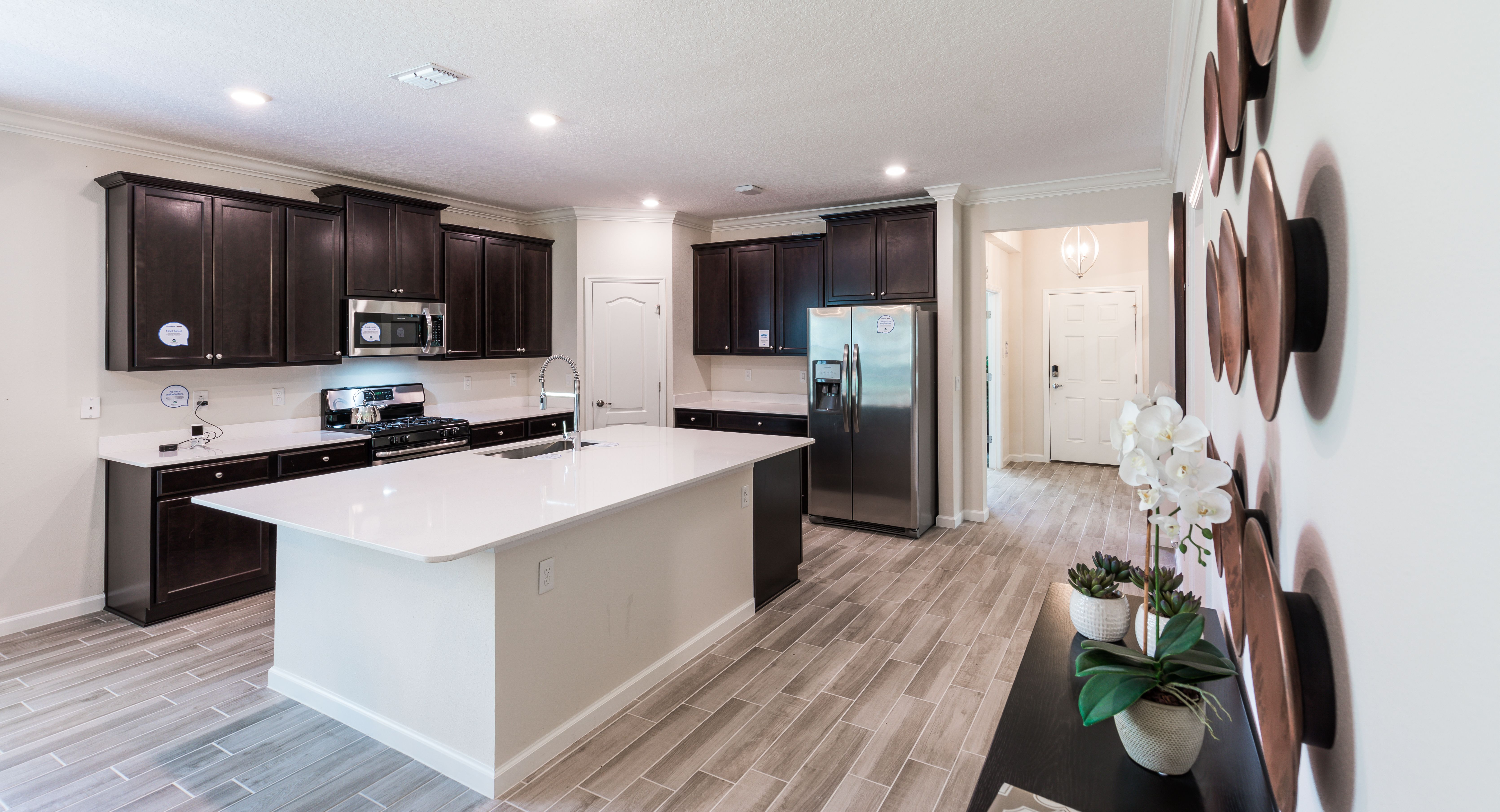 On A Scale From One To Ten How Do You Like Our Model Kitchen Featured In The Sierra At Bannon Lakes New Homes For Sale New Homes Kitchen Models