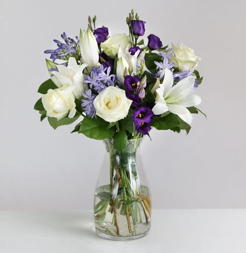 London Flower Delivery Flower Delivery For Same Next Day By Arena Flowers In 2020 Flowers Delivered Flowers Flower Delivery