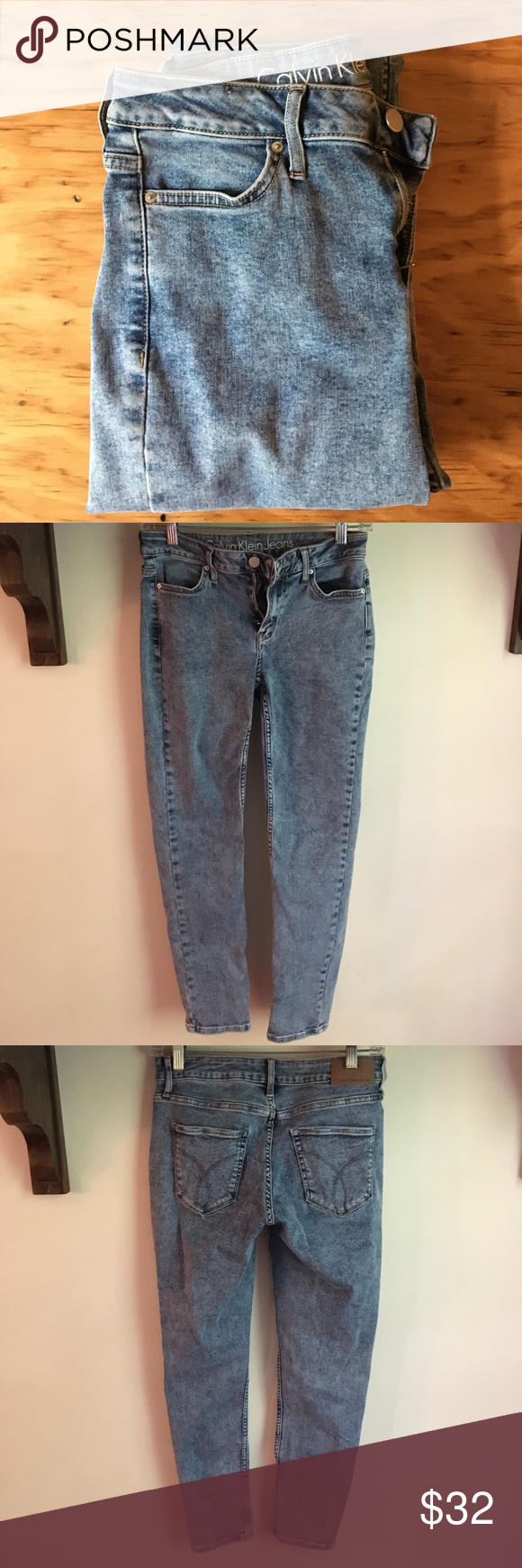 Calvin Klein high wasted jeans Light acid wash, stretchy, flattering fit. Great condition Calvin Klein Jeans Skinny