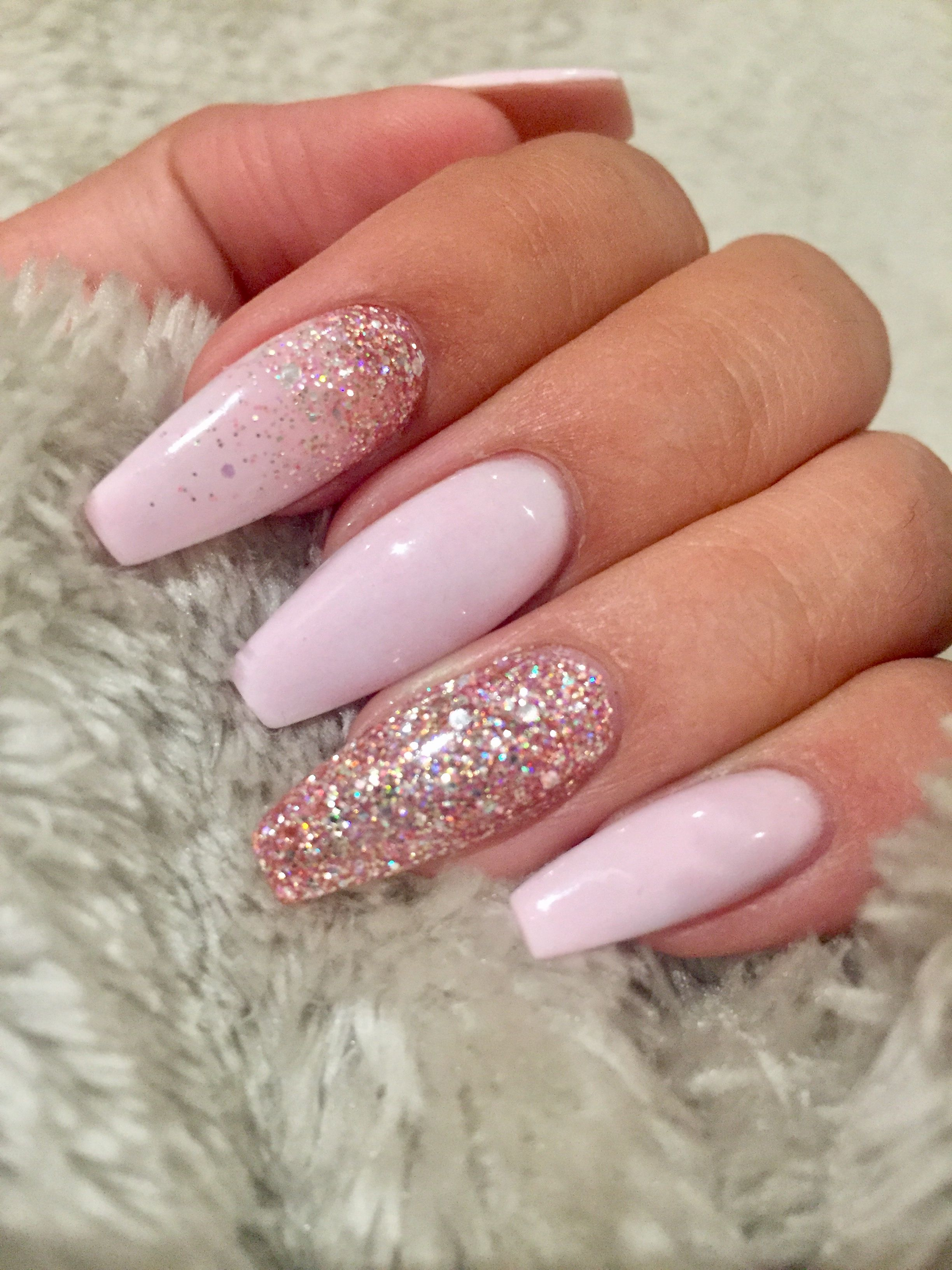 Light Pink Coffin Nails With Rose Gold Glitter Inlove Light Pink Acrylic Nails Nails Design With Rhinestones Pretty Nail Designs Acrylics