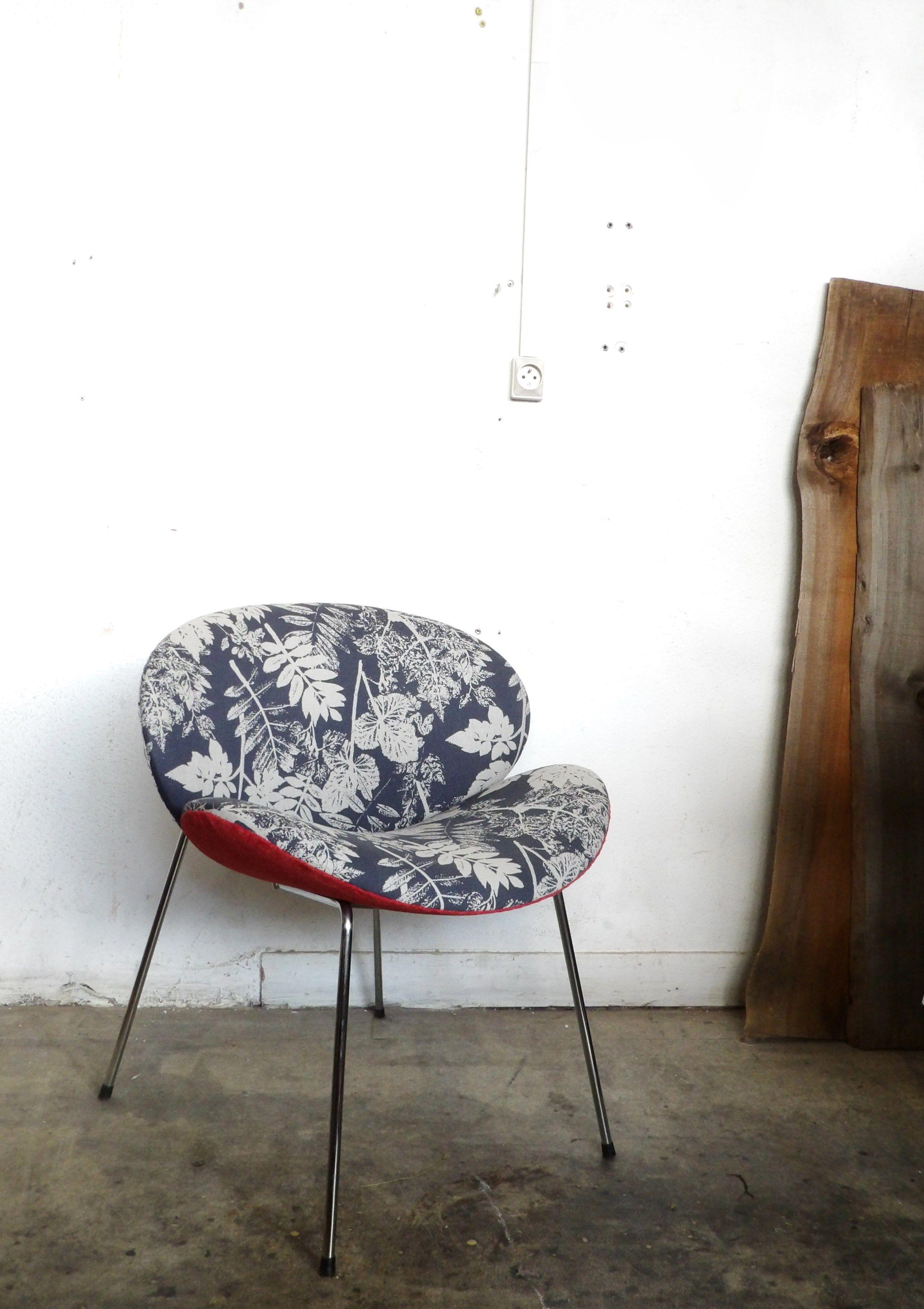 Petit fauteuil rétro tissu ROMO chic et du retro