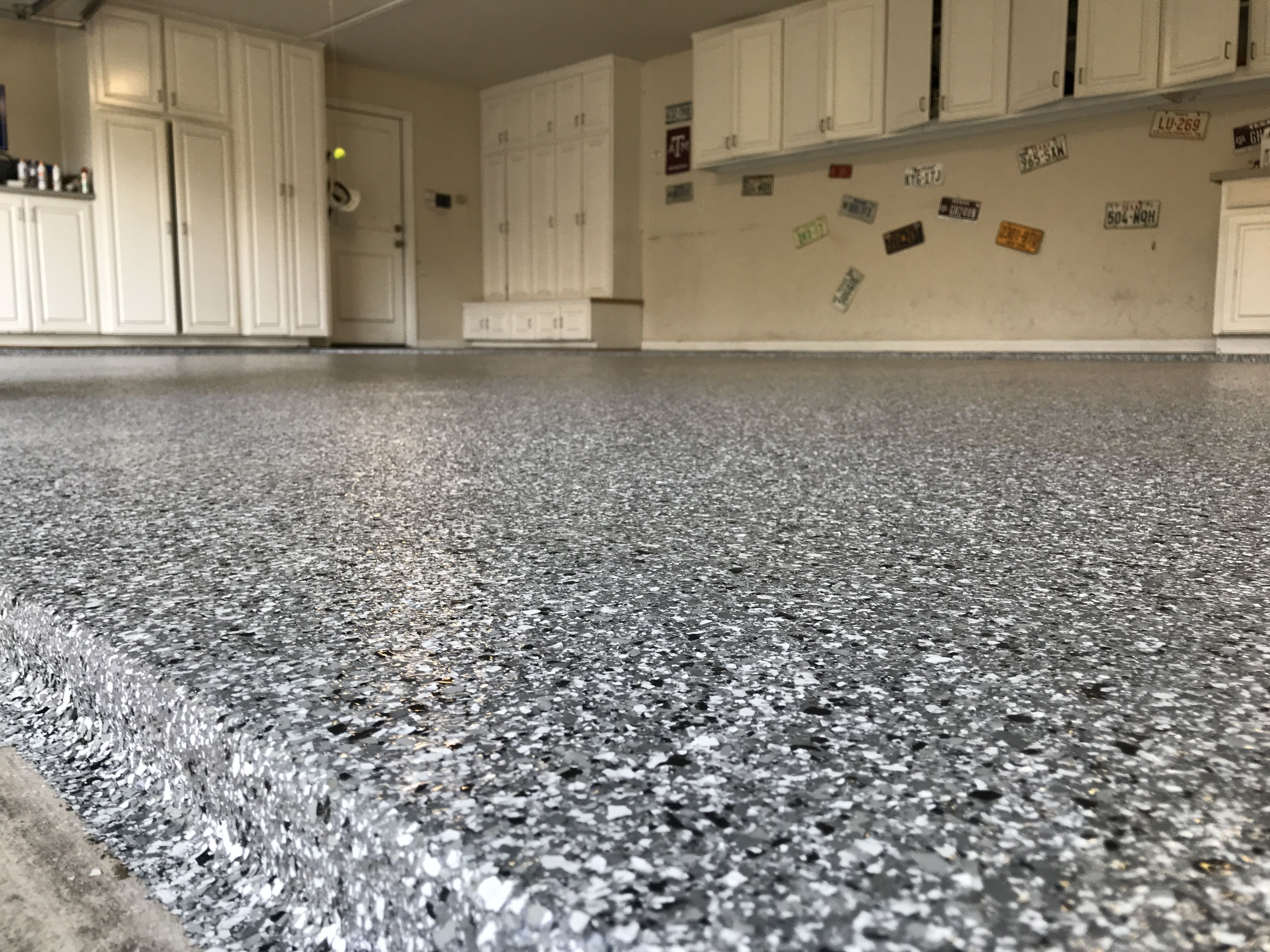 Classic Silver Spring Polyaspartic Epoxy Garage Floor