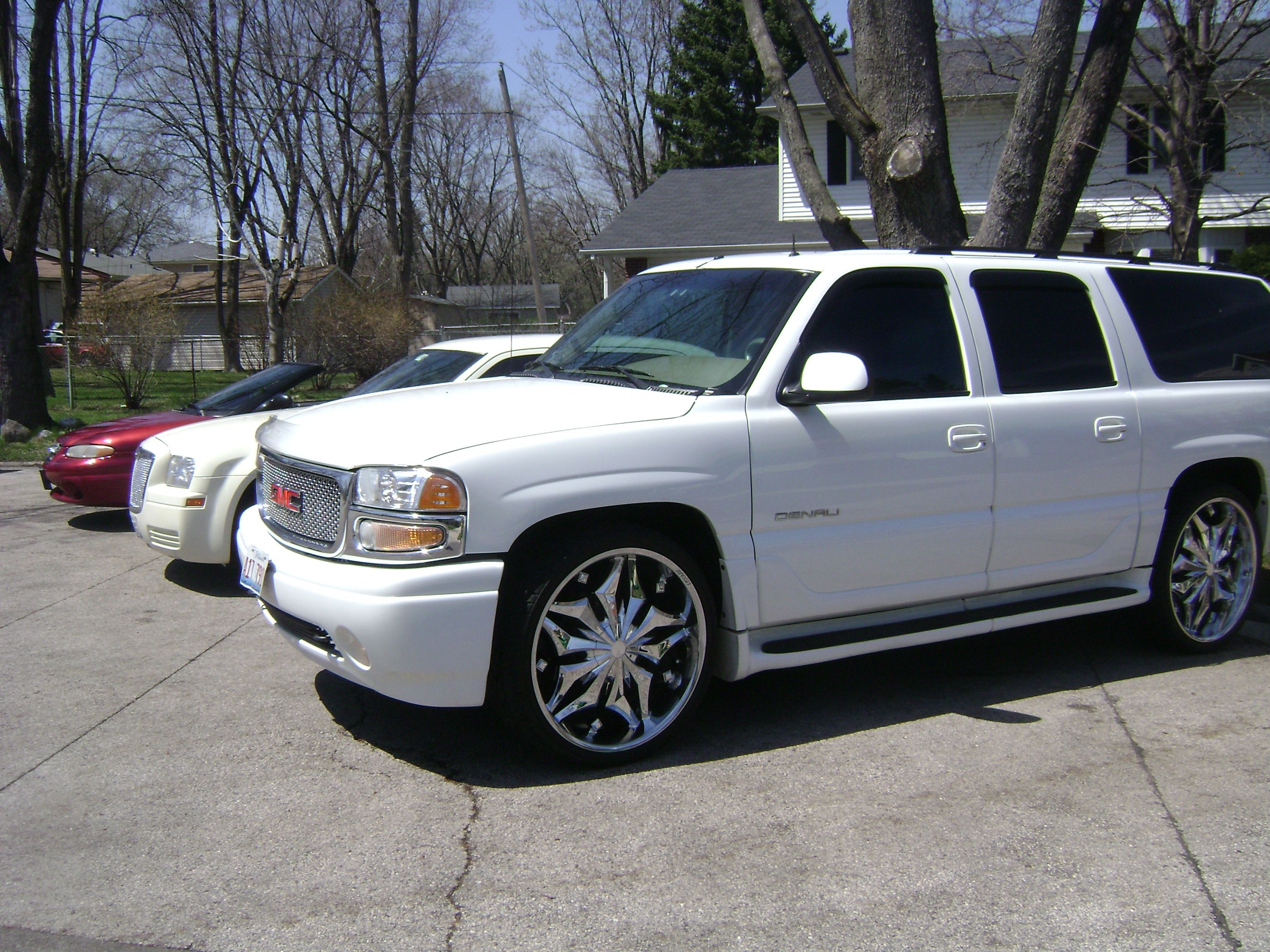 Migissebring 2006 gmc yukon denali specs photos modification info at cardomain