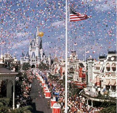 Dia 1 de outubro é uma dia muito especial para o Walt Disney World Resort!  Em 1971 o Magic Kingdom foi inaugurado e logo depois o Epcot em 1982! | PicadoTur - Consultoria em Viagens | Agencia de viagem | picadotur@gmail.com | (13) 98153-4577 | Temos whatsapp, facebook, skype, twiter.. e mais! Siga nos|