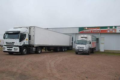 Se despachó mercadería faenada en frigorífico de Santa Isabel con destino a Angola