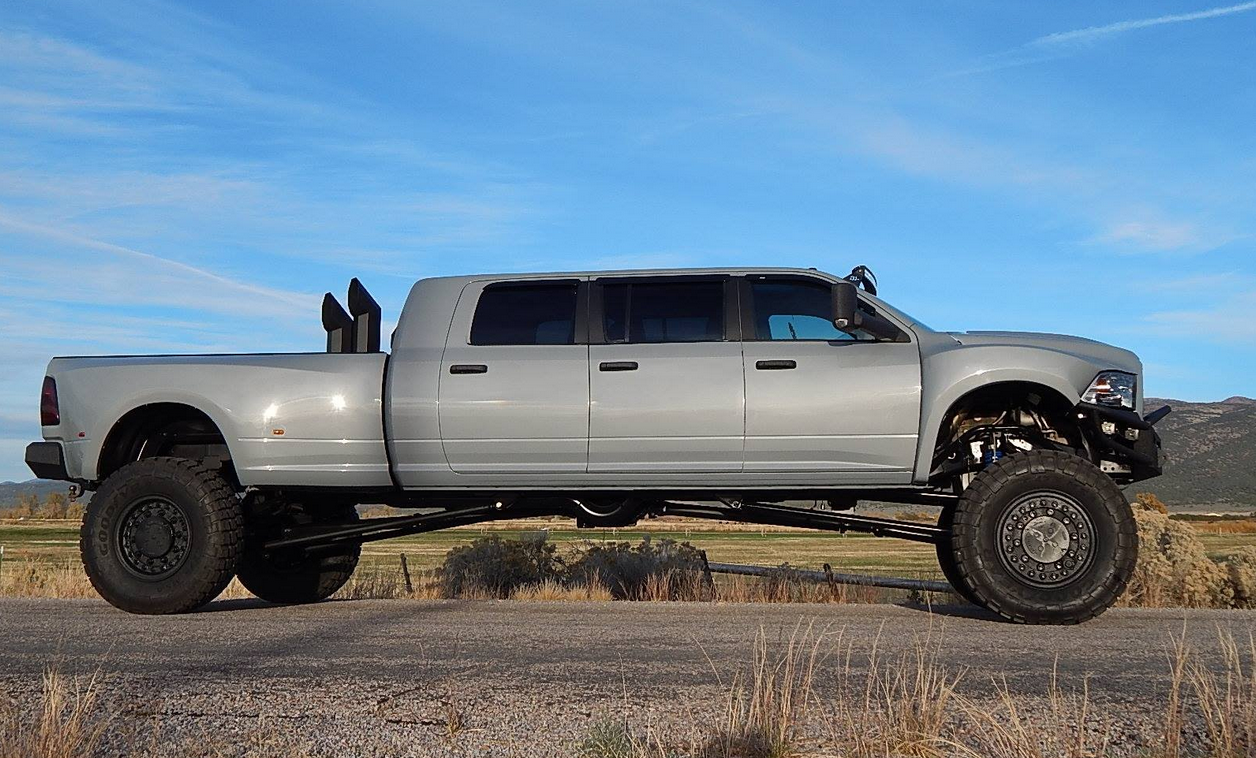 Mega Ram Runner For Sale >> 8 Seater Mega Ram Runner Powered With A 600 Hp 6 7 Cummins With A