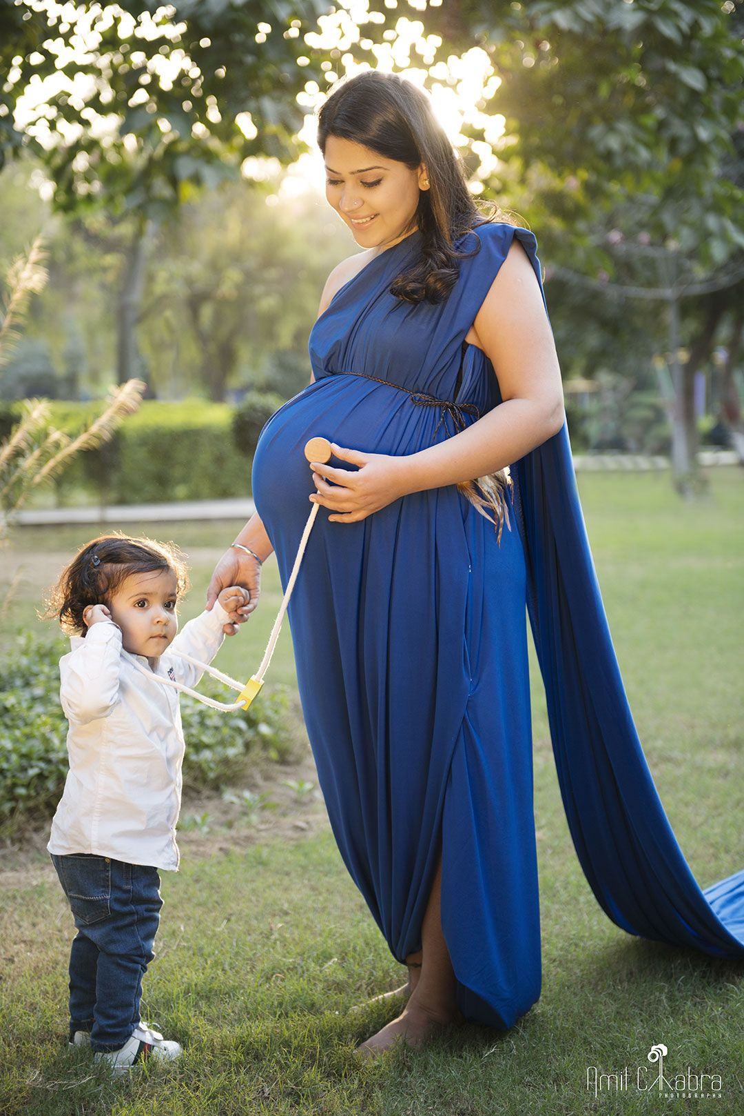 Maternity & Pregnancy Photo Shoot Packages at best prices