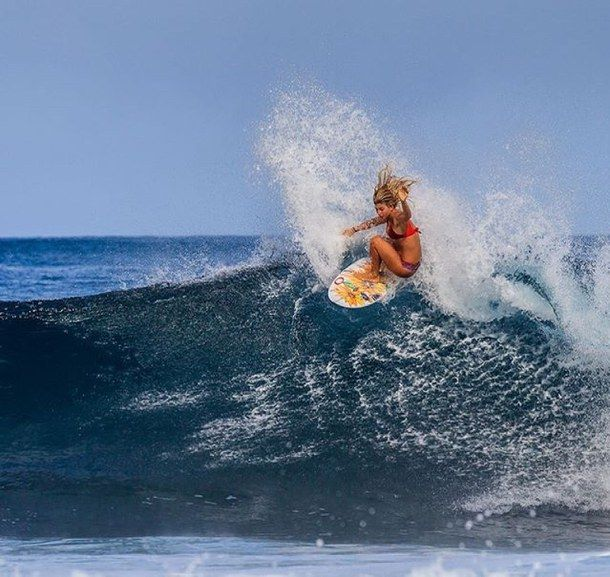 Pin by Alaina on Hawaii   Surfer, Surfer girl, Surfing waves