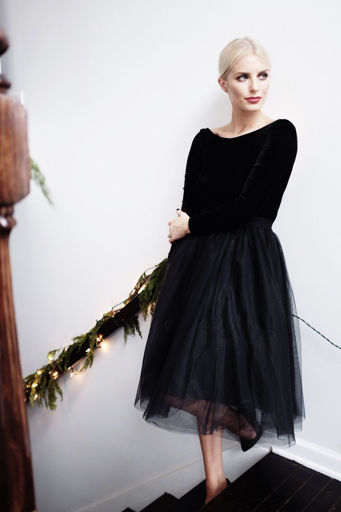 Christmas At The Hellers Like The Yogurt Lil Black Dress Tulle Skirt Black Stunning Outfits [ 1776 x 1184 Pixel ]