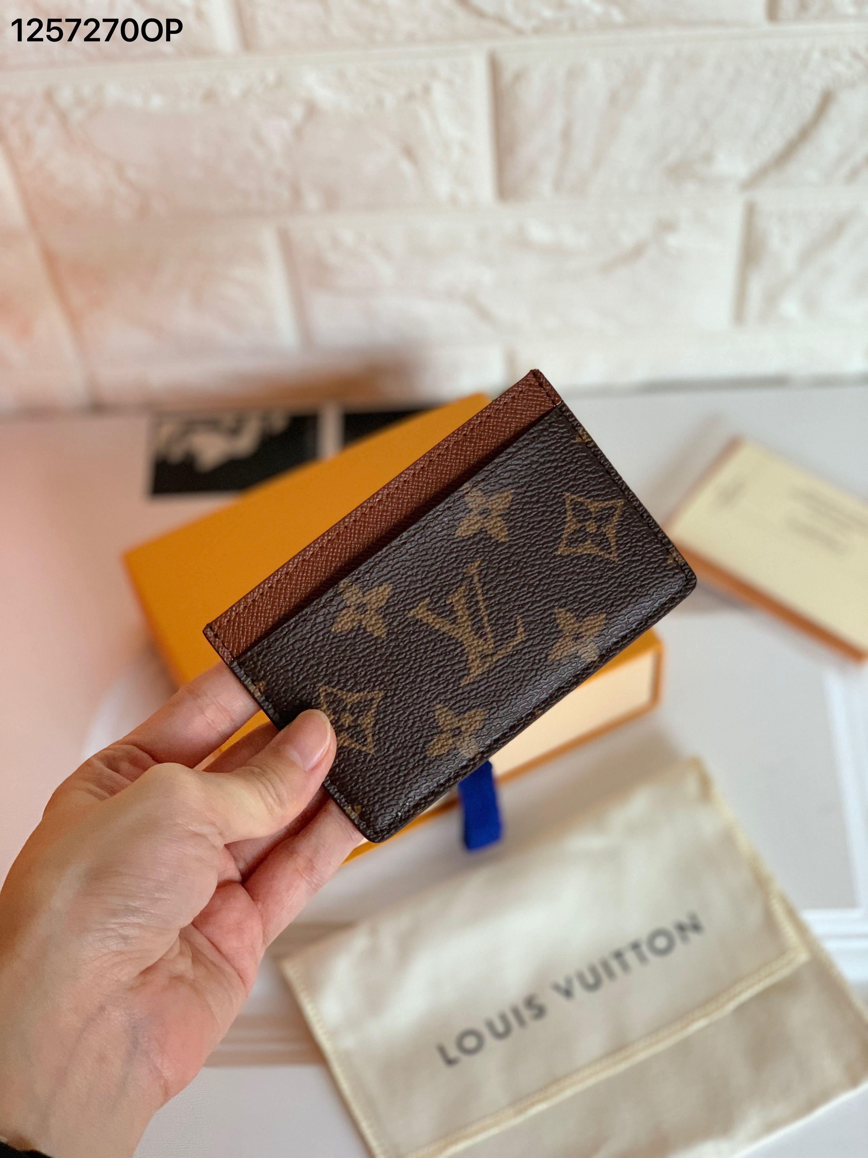 Louis vuitton lv monogram card holder card holder