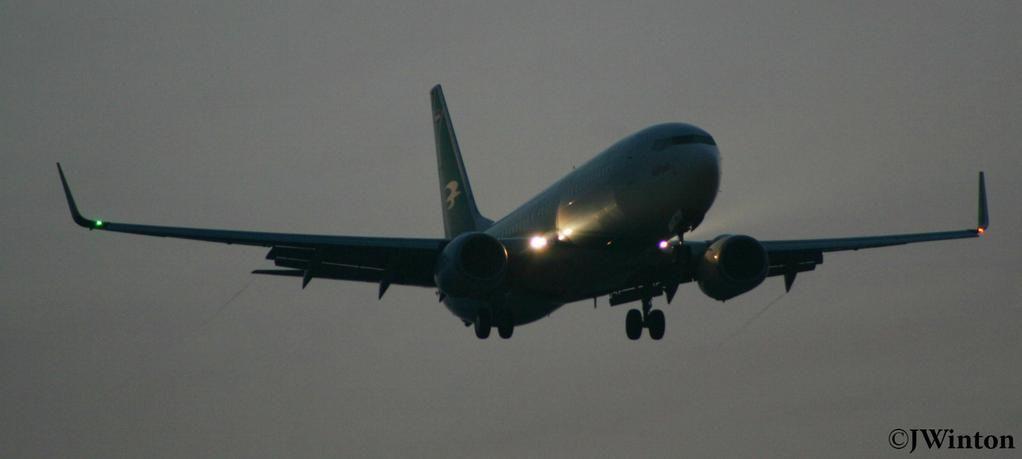Night Flight - Iraqi Airways 738