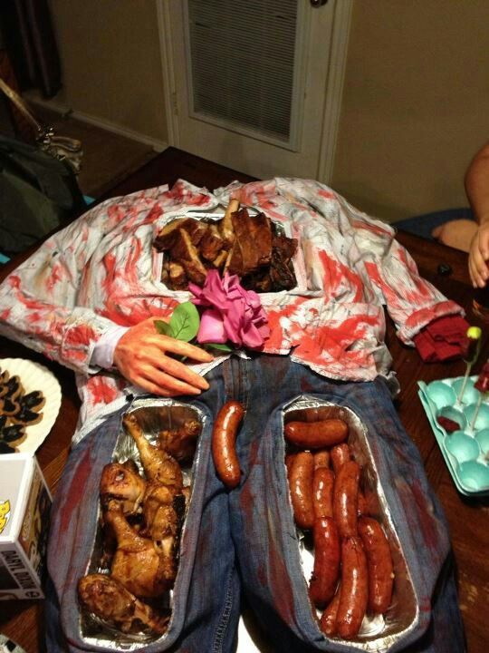 Zombie Party Food Food trays for zombie party Halloween so going