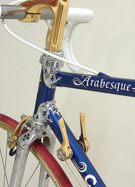 Arabesque. Beautiful hardware, beautiful bike.