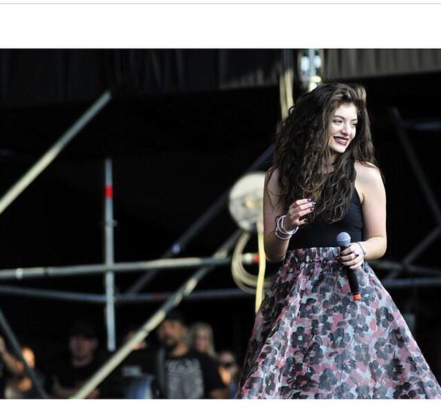 ALL HAIL LORDE