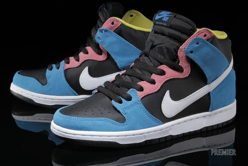 "big sale 13cca 700eb NIKE SB DUNK HIGH ""BAZOOKA JOE"" 