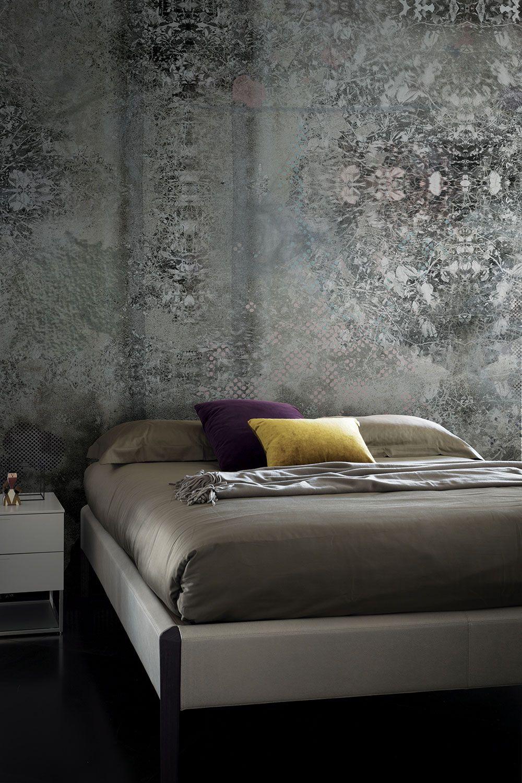 Wallpaper Model SWEET AWAKENINGS Designed by Malika Novi for Collection 17 | © London Art 2017  www.londonartwallpaper.com www.londonart.it