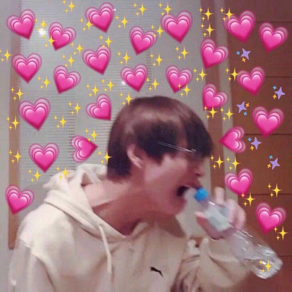 K Pop Kpop Heart Emoji Meme