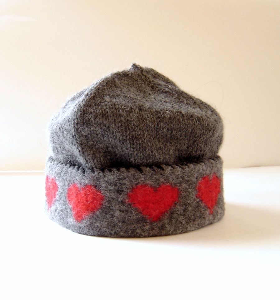 Knit the hat, felt the band - ML118 Heart Warmers | Knitting ...