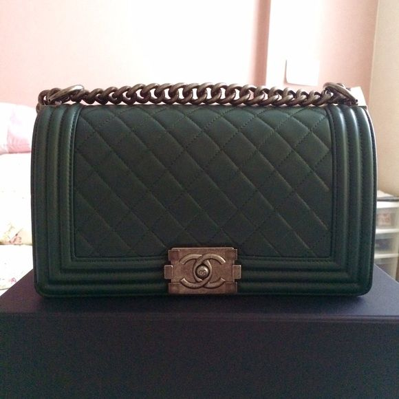 c6ef07363421 Chanel Le Boy bag - medium dark green Authentic Chanel boy - dark green  color from