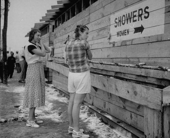 Former jehovahs witnesses dating outside