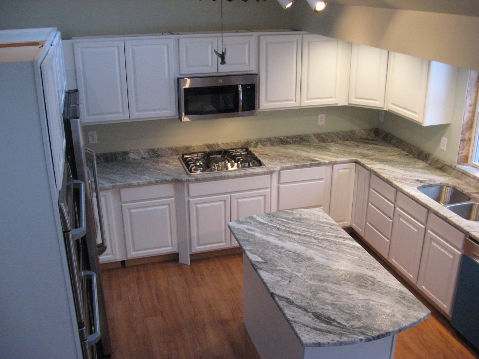 farmhouse best kitchens kitchen vyara countertops a granite maine hanging country on morningstar by pinterest gold countertop pots morningstartile over images