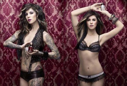 Si quieres tapar tus tatuajes con maquillaje, te recomiendo el Tattoo Concealer de Kat Von D, de venta en Sephora.