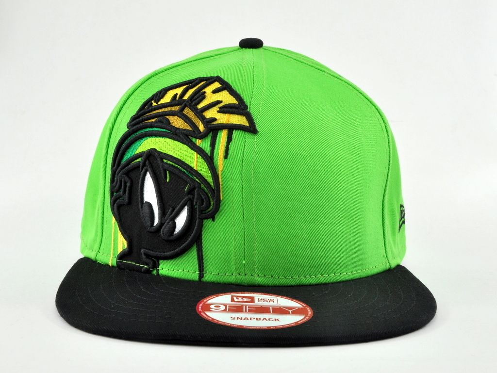 quality design 492c8 af03a LOONEY TUNES NEW ERA MARVIN THE MARTIAN 9FIFTY SNAPBACK CAP   eBay