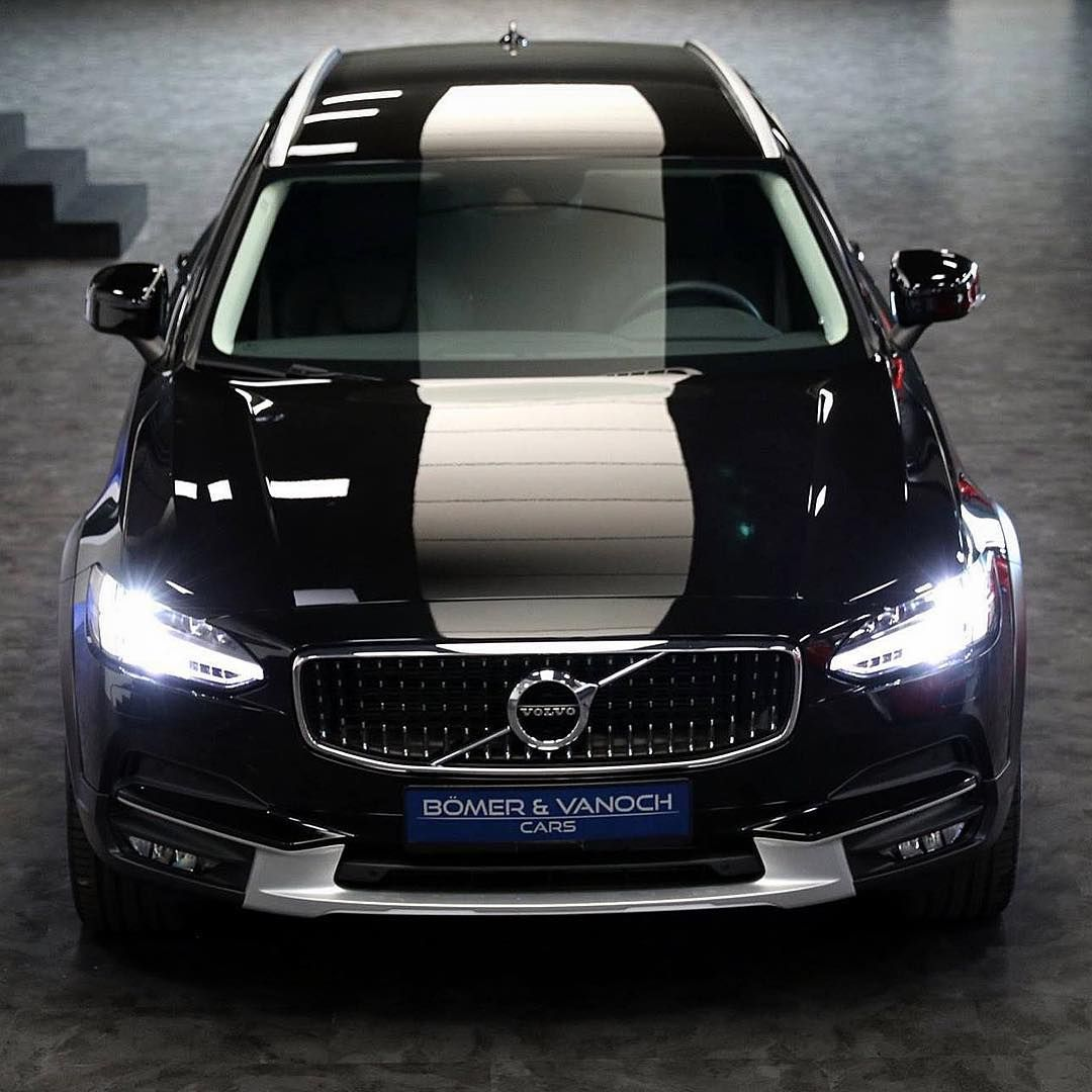 New Swedish Arrival Volvo V90 Cross Country D5 Awd Onyx Black Over Black Leather Left Factory In Juli 2018 Only 13 150 Km Fro Volvo Xc60 Volvo Volvo Cars