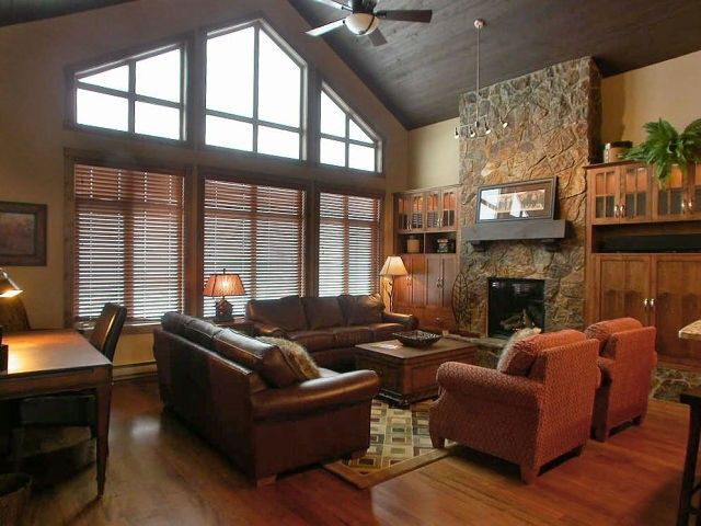 Southpoint 26 At Big White Vacation Rentals Ski In Ski Out