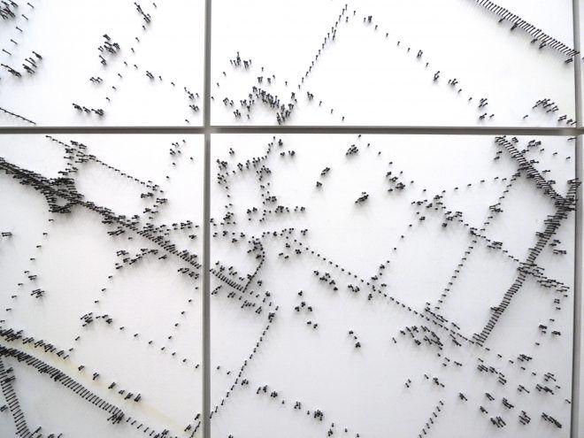 LOC  -  Ein Stadtportrait  -  Berlin  -  Stahlnägel gebläut, MDF lackiert, 200 x 200 cm, (2013)