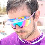 These are the perfect afterski-shades. Bought simular ones for all my girlfriends a couple of years ago.
