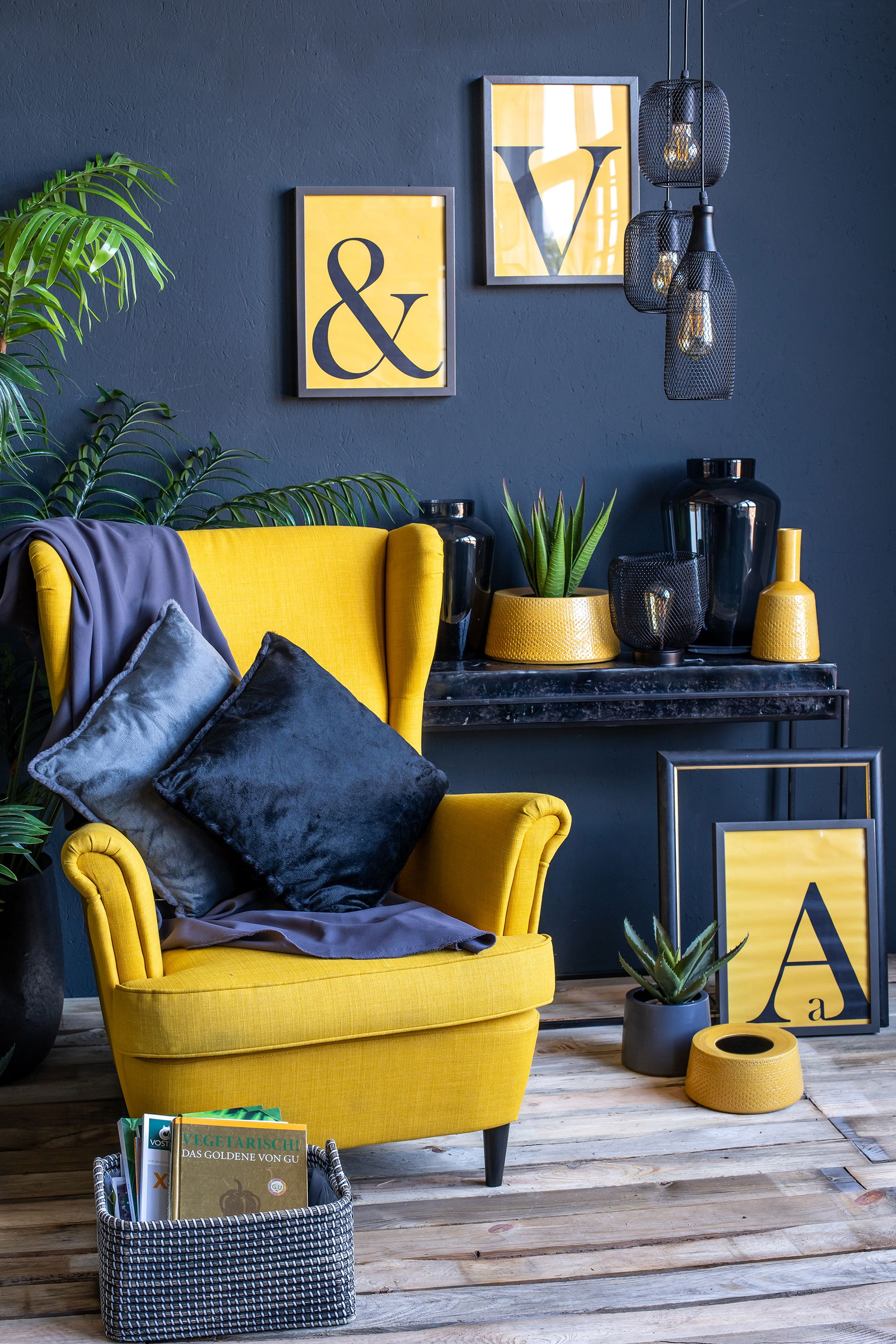 Gorgeous Blue And Yellow Living Room Decor Yellow Decor Living Room Blue And Yellow Living Room Yellow Living Room