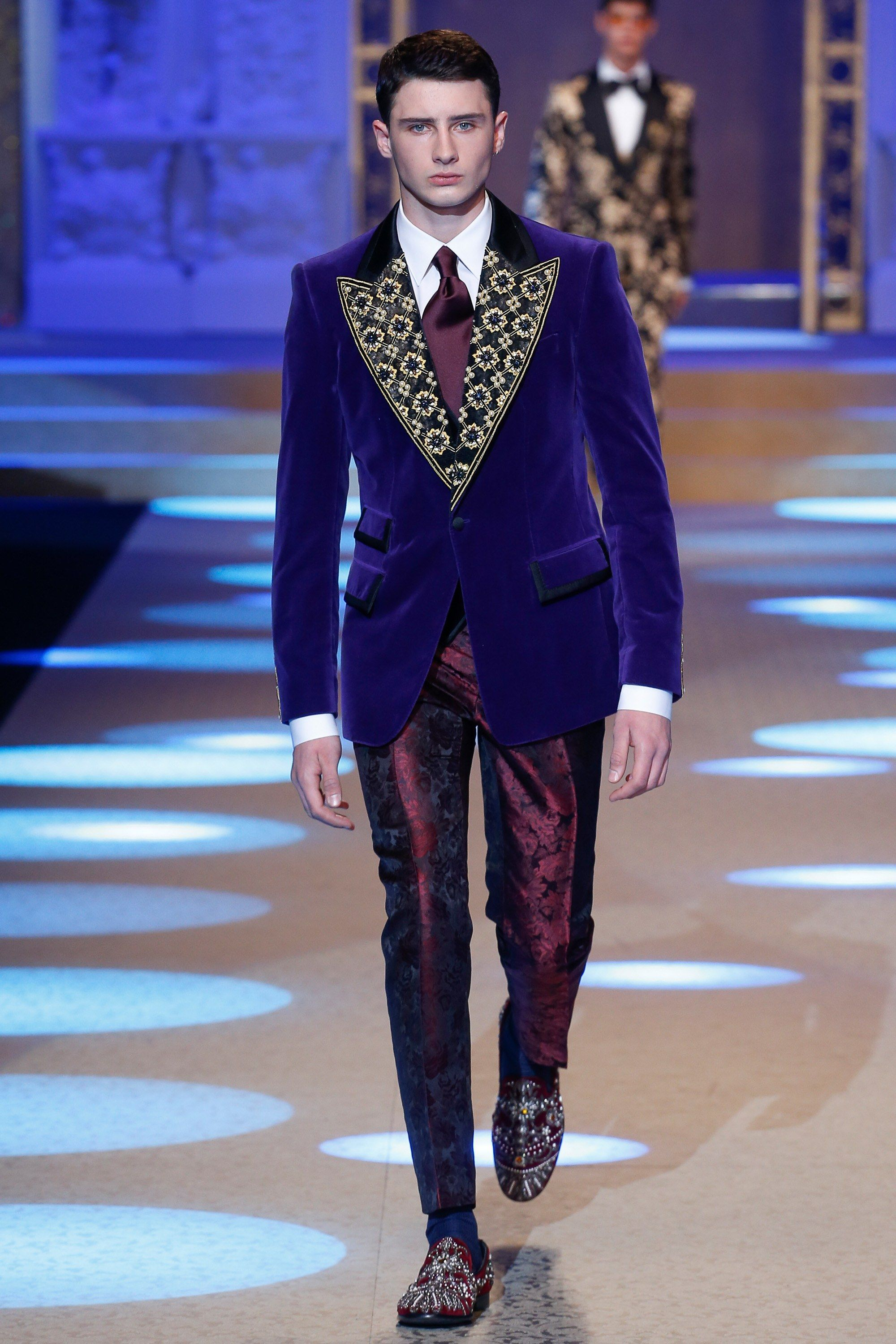ec21465d Dolce & Gabbana Fall 2018 Menswear Fashion Show in 2019 | Menswear ...